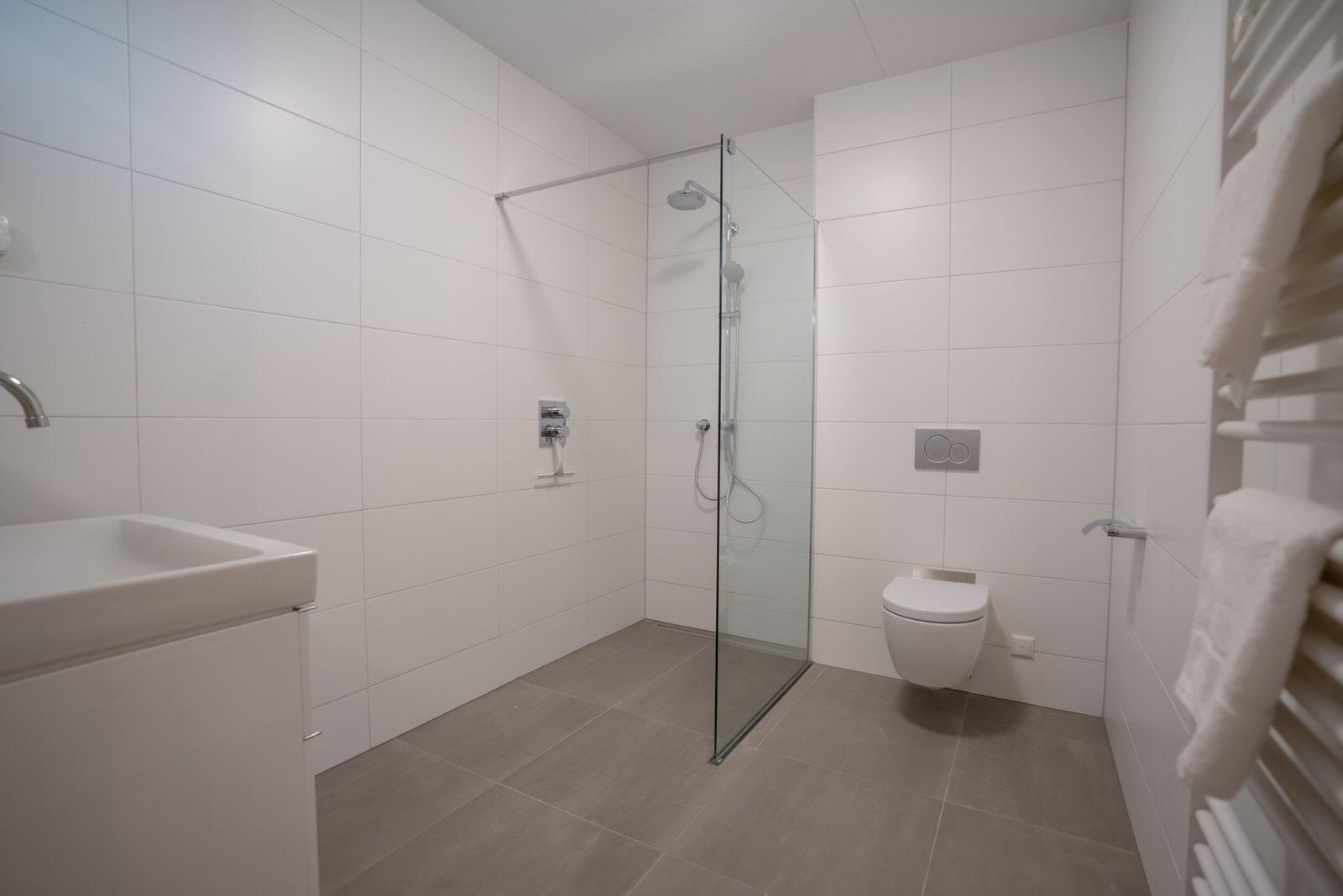 badkamer-huren-appartement-calla-rijnsburg