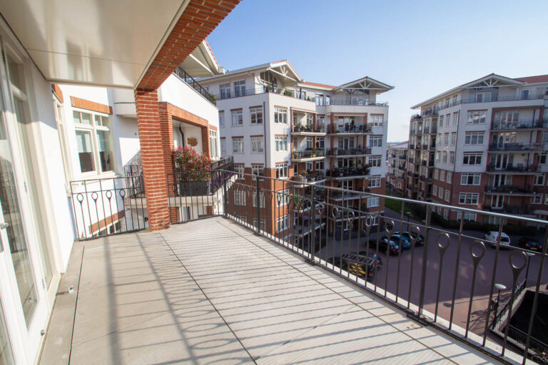 De-klok-447-appartement-calla-balkon