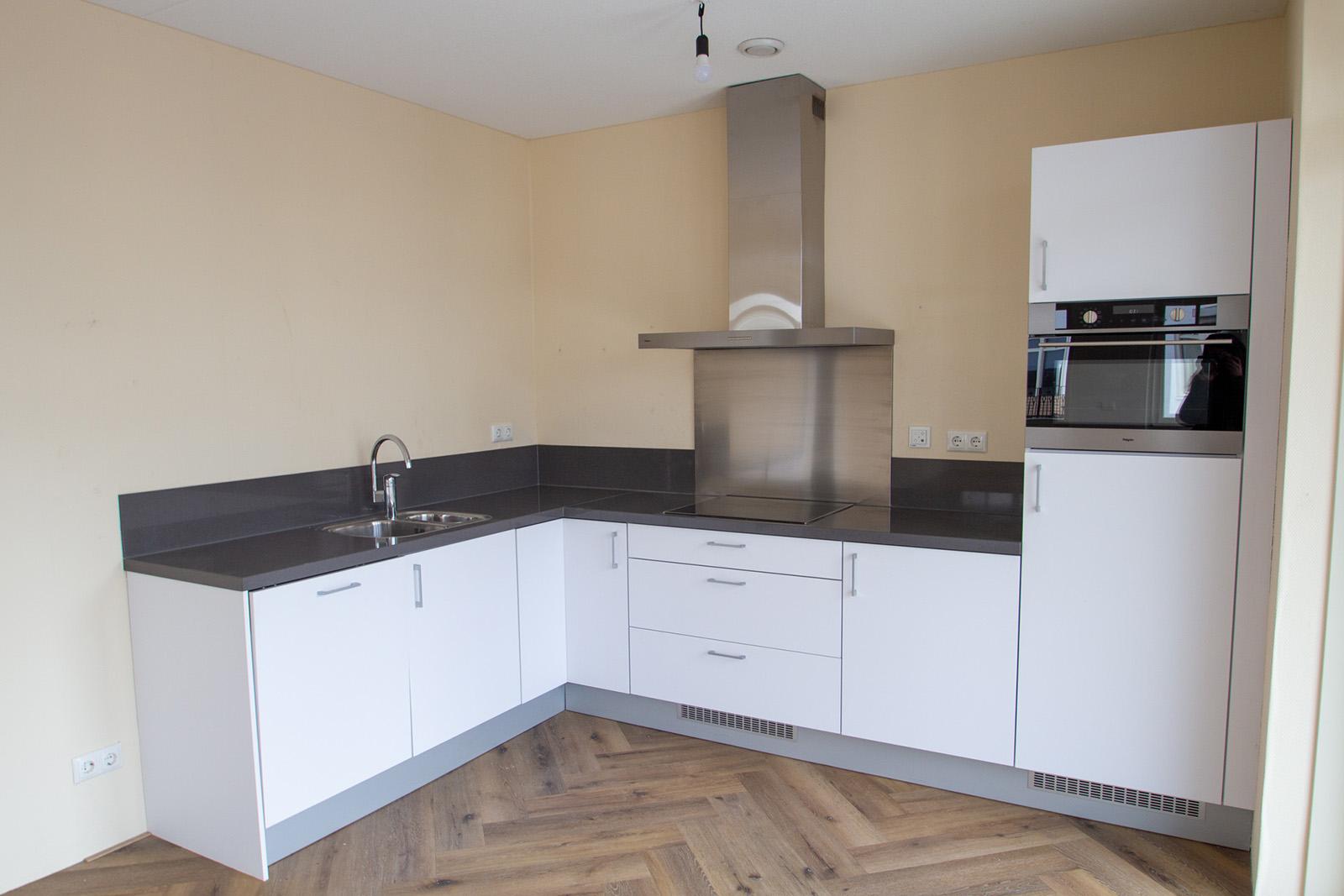 De-klok-447-appartement-calla-te-huur-keuken