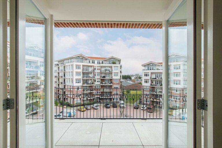 De-klok-447-appartement-calla-uitzicht-balkon